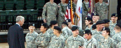 Senator Johnson at a Deployment Ceremony in Green Bay